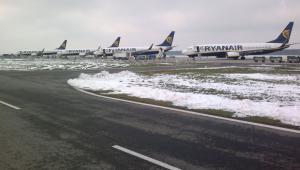 Lotnisko Warszawa/Modlin - płyta lotniska, źródło: Mazowiecki Port Lotniczy Warszawa-Modlin Sp. z o.o.