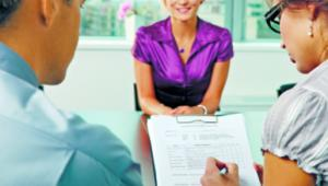 Międzynarodowe firmy rekrutują u nas już nie tylko księgowych, lecz także np. menedżerów shutterstock