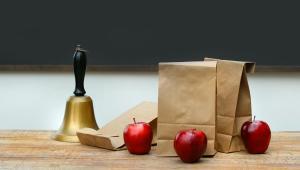 Szkoła, jedzenie
