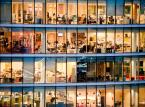Polacy pracują średnio 45 godz. tygodniowo. Im bogatsi, tym więcej