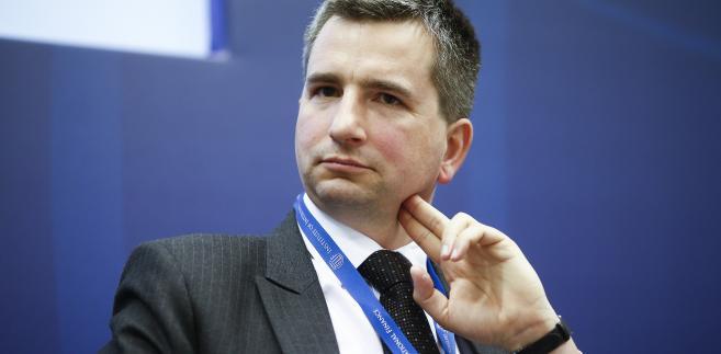 Minister finansów Mateusz Szczurek podczas spotkania w Instytucie Finansów Międzynarodowych (IIF) w Londynie, 5.06.2014