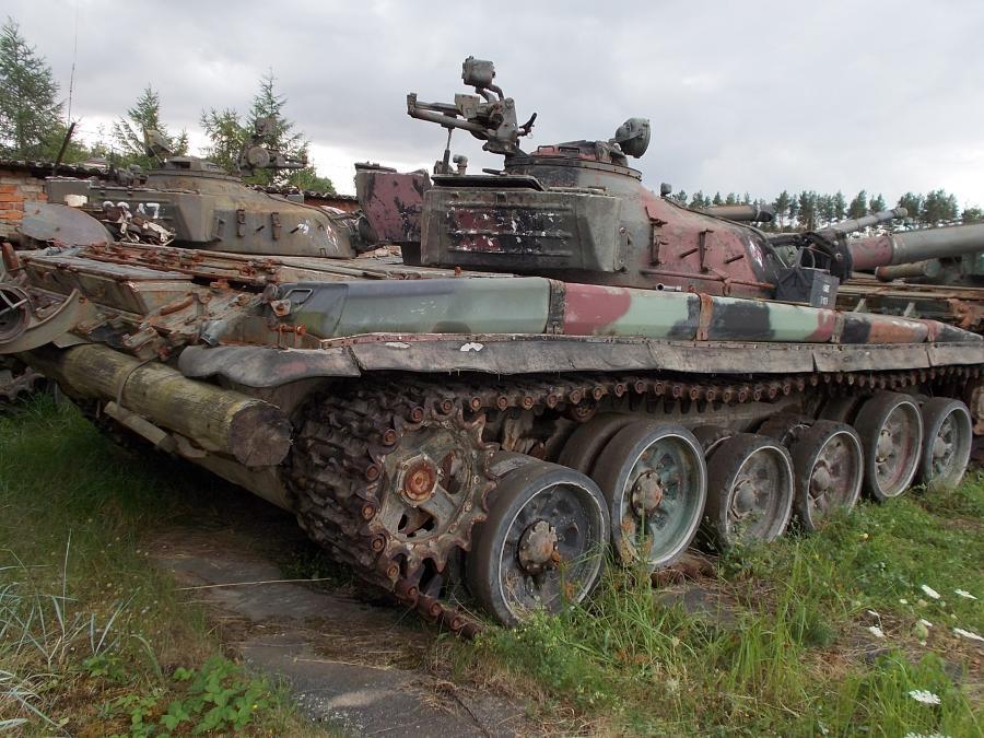1956409-czolg-sredni-t-72-nr-rej.jpg