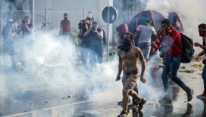 Węgry: Starcia z uchodźcami EPA/TAMAS SOKI