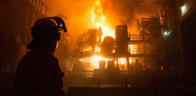 Huta stali Celsa Steel UK Ltd. w Cardiff w Wielkiej Brytanii. 18.10.2015
