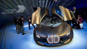 BMW Vision Next 100 - model koncepcyjny samochodu przyszłości według BMW, EPA/SVEN HOPPE Dostawca: PAP/EPA.
