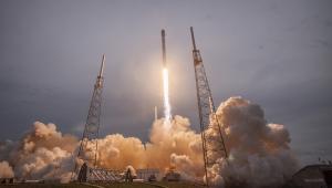 Start rakiety Thales Falcon 9. Źródło: SpaceX