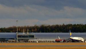Modlin. Wymiana pasażerów w dwóch Boeinga B737