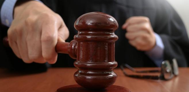 Sędzia może zniesławić w toku procesu