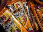 Jak w dobie smartfonów sprzedawać długopisy i zapalniczki? Bic pada ofiarą nowych technologii