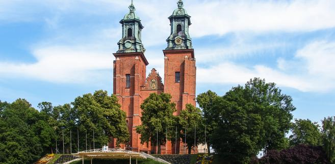 Gniezno, katedra na dawnym Wzgórzu Lecha