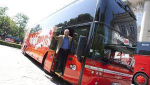 Polski Bus przewiózł w 2015 r. 5,5 mln pas. Na zdjęciu szkocki właściciel Brian Souter