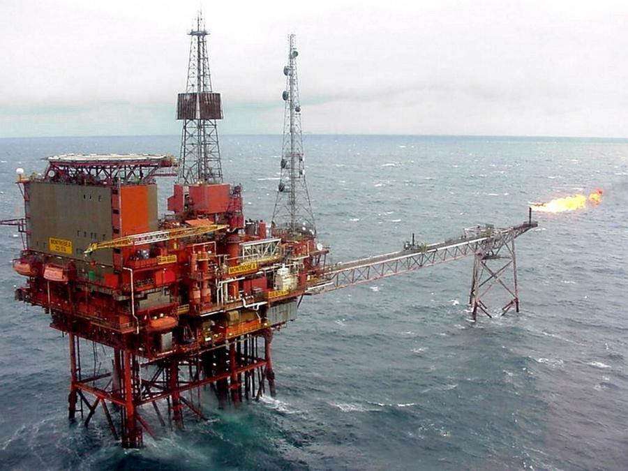 Platforma wydobywcza ropy naftowej na Morzu Północnym