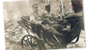 Józef Piłsudski wraca z inspekcji 4. Pułku Piechoty Legionów Polskich, 1915 r. fot. AAN