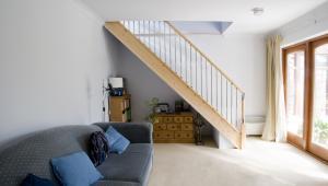 Mieszkanie dwupoziomowe, schody, nieruchomości
