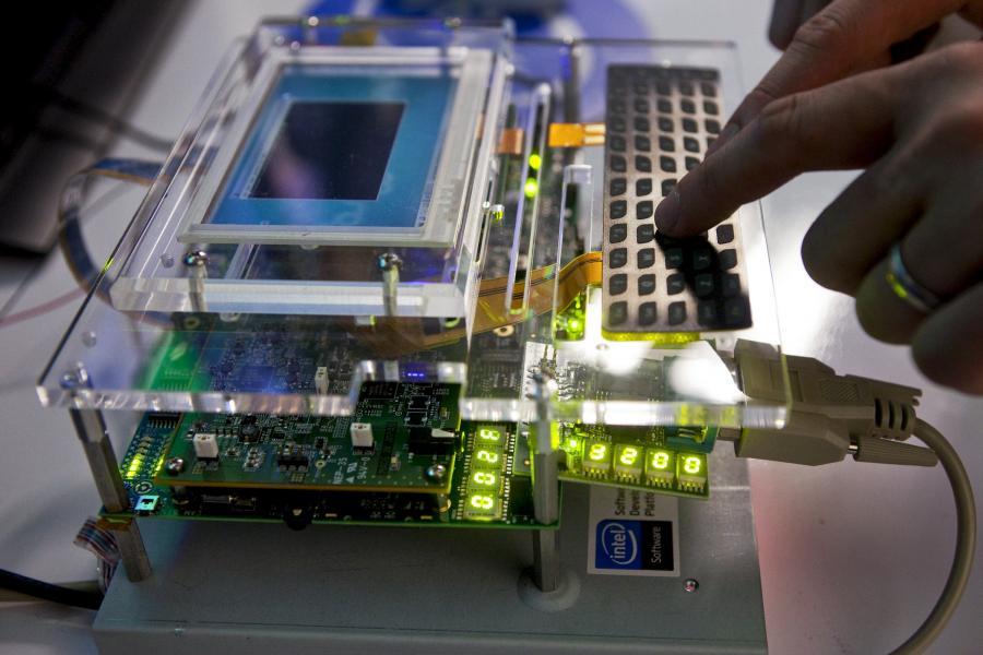 Mikroprocesor Intela