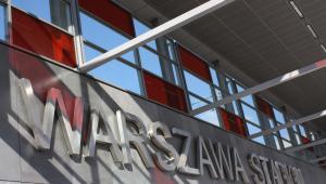 Wejście od strony Stadiuonu Narodowego na stację Warszawa Stadion